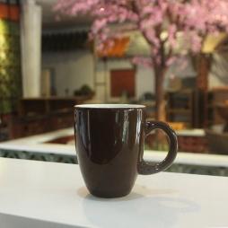 Tách cà phê Latte dáng ý men nâu quai C