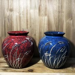 Vò thấp men đá xanh & đỏ ruby vẽ chuồn cỏ