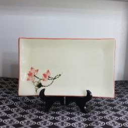 Khay sứ chữ nhật Sen chỉ hồng vẽ tay S2 (Kem)