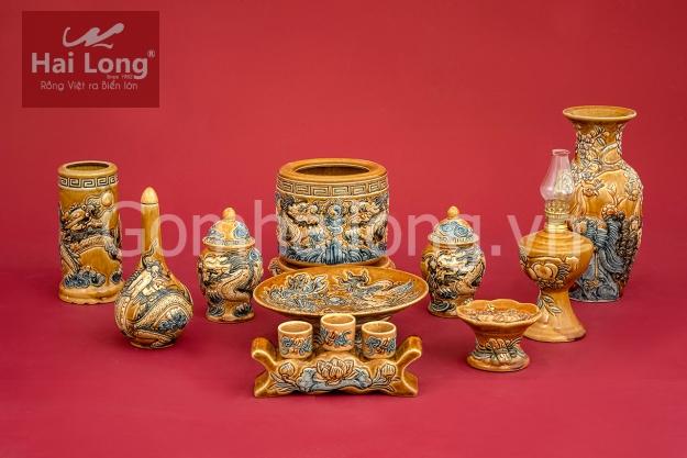 Bộ đồ thờ ban thần tài - ban 1m27 men Hoàng Lưu Ly