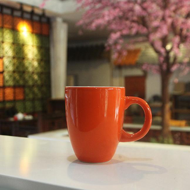 Tách cà phê Latte quai C 280ml (Cam)   Gốm sứ Hải Long Bát Tràng