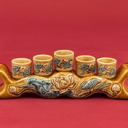 Kỷ 5 chén men Hoàng Lưu Ly đắp nổi hoa sen