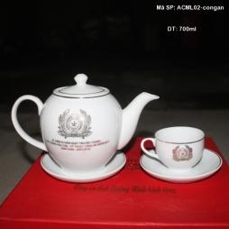 Ấm chén sứ chỉ bạch kim in logo Bộ công an 700ml (Trắng)