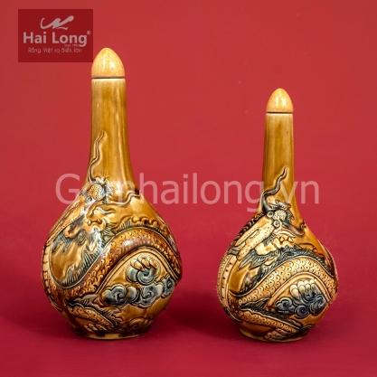 Nam ruou tho cung bang su gom Hai Long